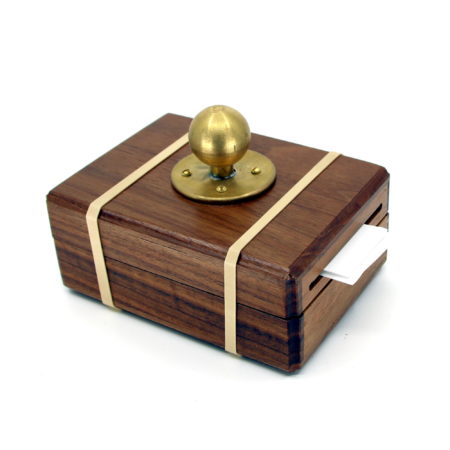 Clairvoyant Card Box by Limited Edition Magic, Magiro